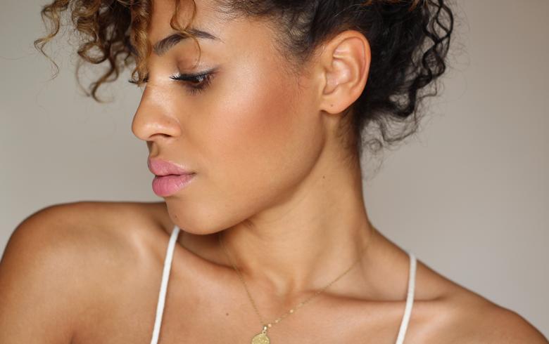 Nude & Bronze Make-Up Tutorial